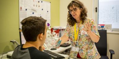 Les infermeres catalanes demanen al Departament de Salut i d'Educació mesures urgents per garantir l'atenció sanitària a l'escola